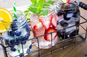 Fruit waters are a great way to have a healthy summer.